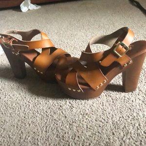 Size 7.5 heels